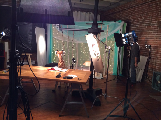 Жираф в мастерской Карлы :)