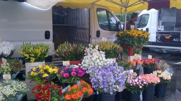 рынок живых цветов во франции