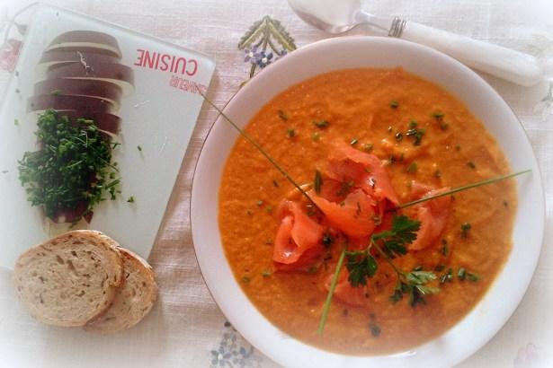 Суп-крем из малосольной сёмги и овощей