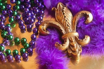 Марди Гра - известное событие в Новом Орлеане и в Бразилии, но почему Марди Гра празднуется во Франции?