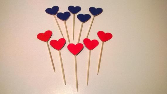 pics stickers gommettes coeurs rouge saint-valentin - 1 euro.  Matériaux utilisés: Vinyle
