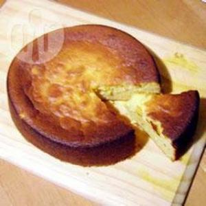 Но я сразу оговорюсь, нашёлся снимок по виду  очень похожий на тот самый пирог!
